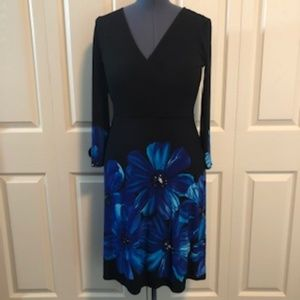 Black/Blue flower pattern stretch dress